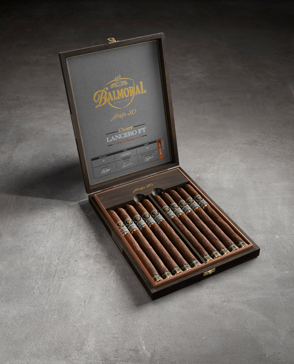 Anejo XO Oscuro Lancero FT 10 Press Release